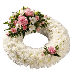 Soothing Wreath of Pink Roses and White Carnations