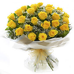 Stunning Yellow Roses Bunch