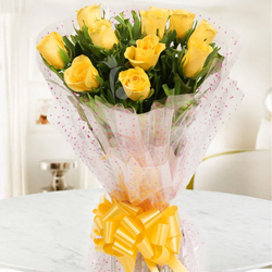 Aromatic Huggable Yours Ten Yellow Roses Bunch
