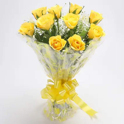 Attractive Yellow Roses Bouquet