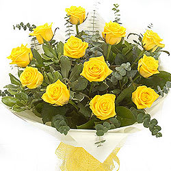 Bright Bouquet of Yellow Roses