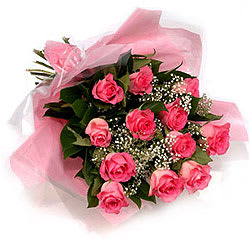 Lovely Pink Roses Bouquet