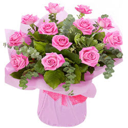 Alluring Pink Roses Bunch