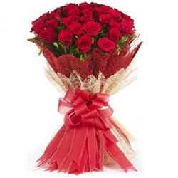 Spellbinding Bouquet of Red Roses