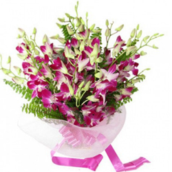 Affable Bouquet of 15 Orchids for your beloved