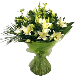 Charming Bouquet of 8 White Lilies