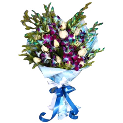 Luxurious Orchids N Roses Bouquet