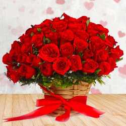 Cheerful Red Roses Arrangement with White Filler Flowers