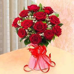 Vibrant Touch Bouquet of Red Roses