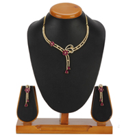Charming Tinsel Necklace with Earrings Set