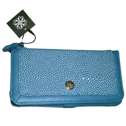 Avon's Endorsed Accessory Card Wallet