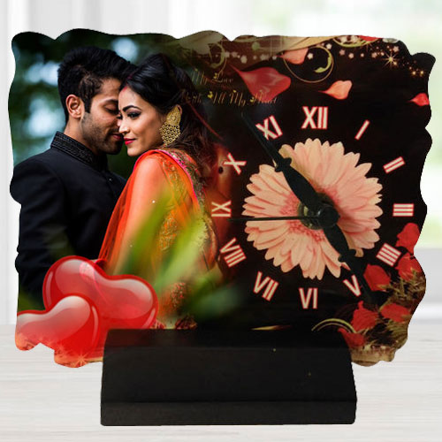 Appealing Gift of Personalised Table Clock