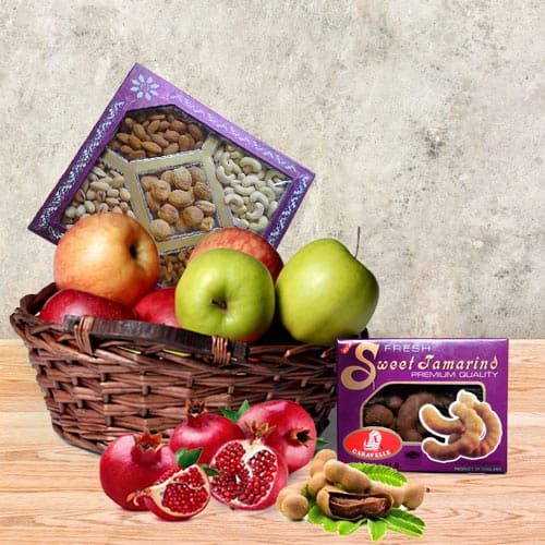 Remarkable Celebrity Special Assortments Gift Hamper