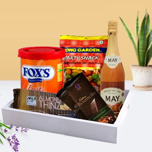 Sweet N Savory Gift Basket for Daddy