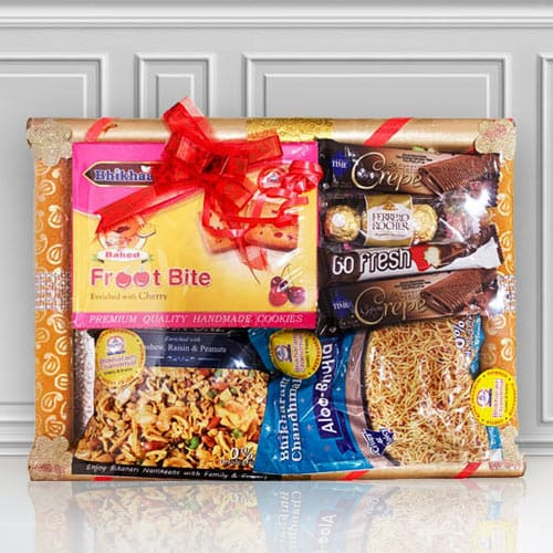 Blissful Sweets N Namkeen Hamper