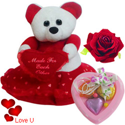 Outstanding Teddy Bear with Touch of a Soft Heart with 3 pcs Heart Homemade Chocolate