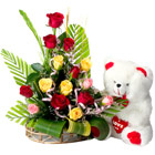 Outstanding Gift Arrangement of 15 Fresh Mixed Roses with Teddy