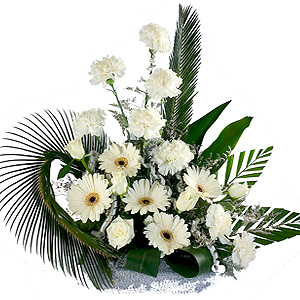 24 White Flowers Arrangement